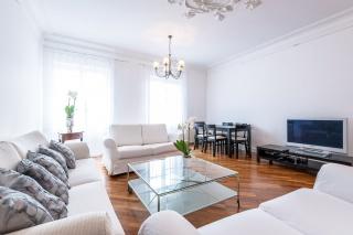 авторская 3-комнатная квартира в аренду на наб. канала Грибоедова д. 29 С-Петербург