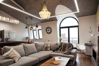уникальная 2-комнатная квартира в аренду в элитном доме в Петроградском районе С-Петербург