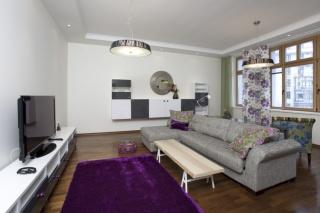 авторская 4-комнатная квартира в аренду в элитном ЖК С-Петербург