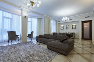 аренда дизайнерской 4-комнатной квартиры Крестовский остров С-Петербург