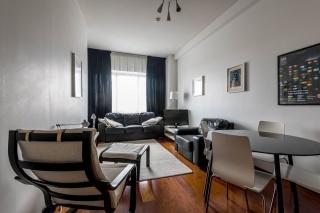 Современная 4-комнатная квартира в аренду в элитном доме на Каза