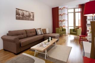арендовать 3-комнатную квартиру в историческом центре С-Петербург