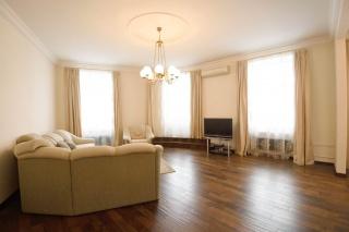 арендовать недвижимость в самом центре Санкт-Петербурга