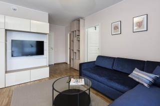 аренда элитной 3-комнатной квартиры с балконом С-Петербург