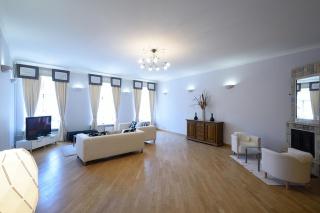 арендовать стильную квартиру в историческом центре Санкт-Петербурга