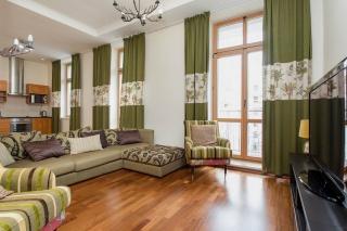 аренда квартиры в элитном доме с паркингом С-Петербург
